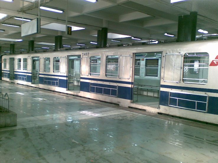 The Most Haunted Place in Kolkata Rabindra Sarovar Metro Station