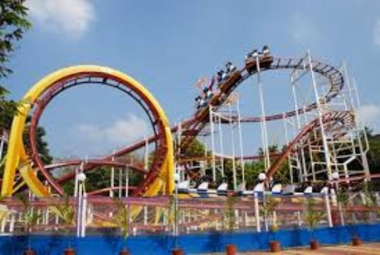 Amusement Park in Mumbai Essel world
