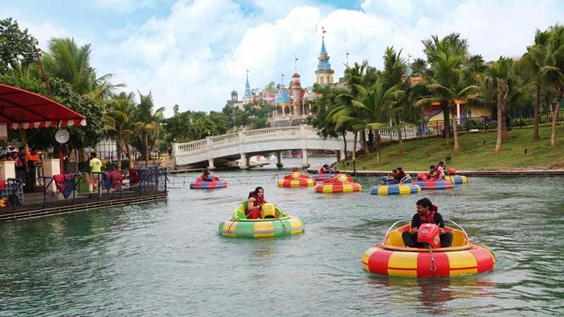 Amusement Park in Pune Mumbai Highway Adlabs Imagica