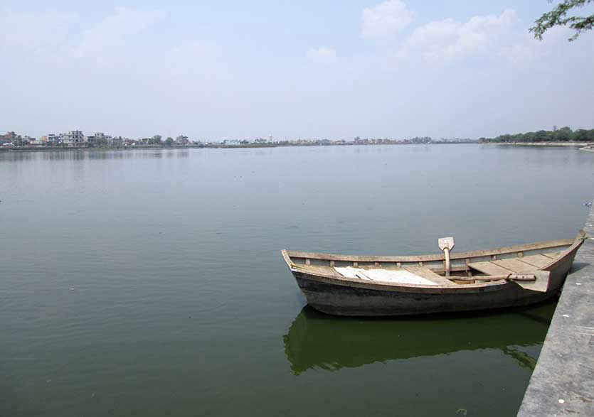 Bhalswa Lake Picnic Spots in Delhi