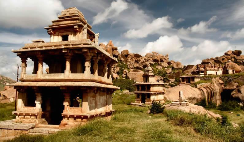 Bangalore Day Trips Chitradurga