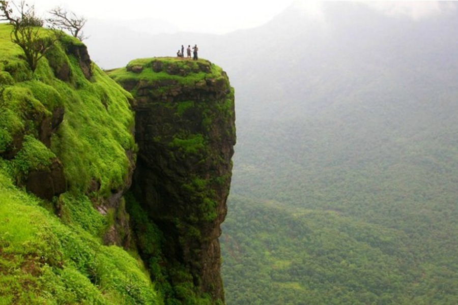 Best Hill Station near Mumbai Khandala