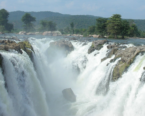 Places Near Bangalore for One Day Trip Hgenakkal