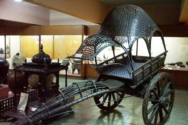 Raja Dinkar Kelkar Museum Pune Maharashtra