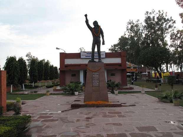 Bhagat Museum Khatkar Kalan Punjab Tourist Places
