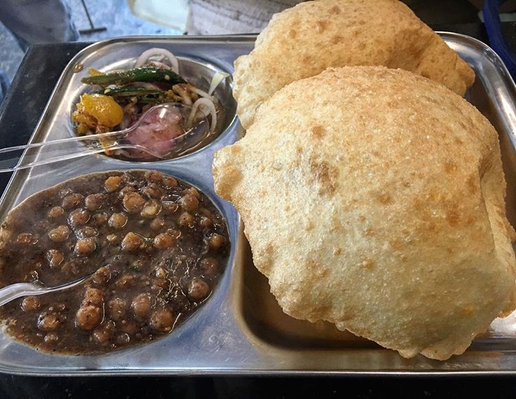 Chole Bhature Best Street Food in North Campus Delhi