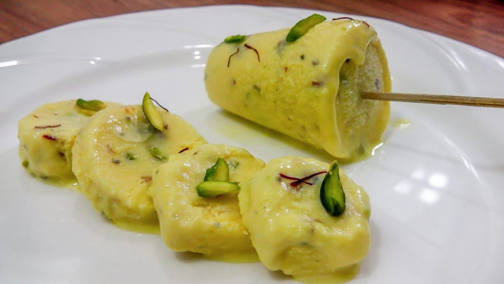 Kulfi Famous Street Food in New Delhi